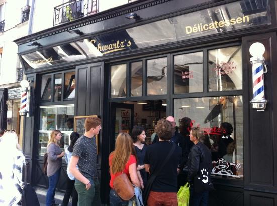 Deli Schwartz's, rue des Ecouffes à Paris