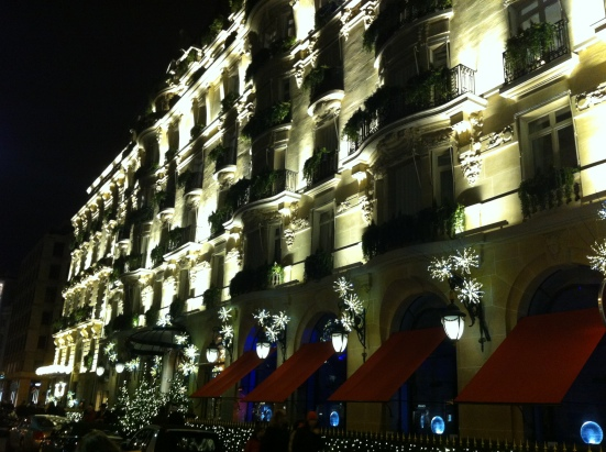 Façade de l'hôtel Plaza Athénée