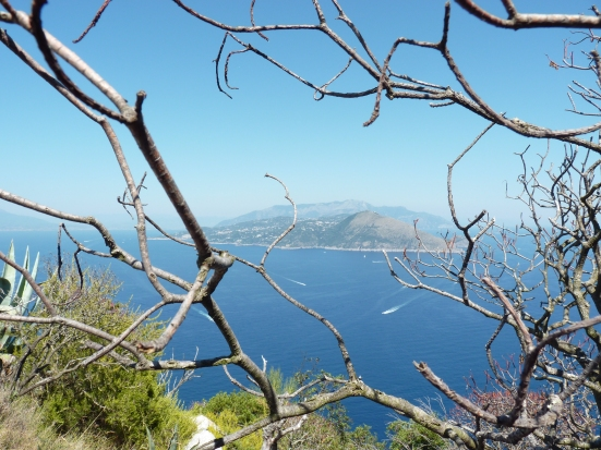 Vue sur le continent depuis Capri