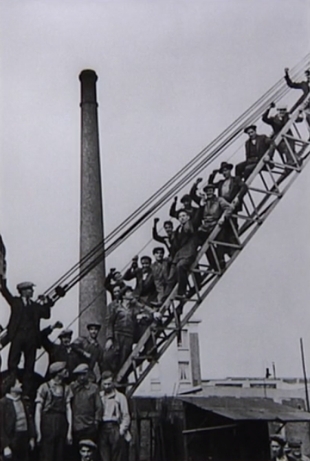 Grève immoile d'ouvriers dans une usine métallurgique, Saint Ouen, 12 juin 1936 © David Seymour : Magnum Photos