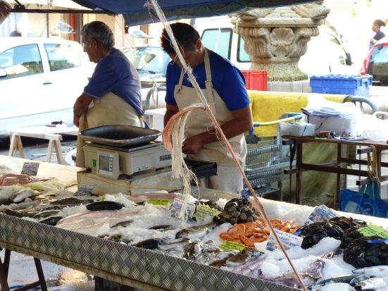 Marché aux poissons, place Saint-François, Nice