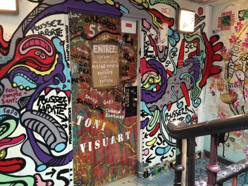 L'entrée du 5e étage, 59 Rivoli, Paris