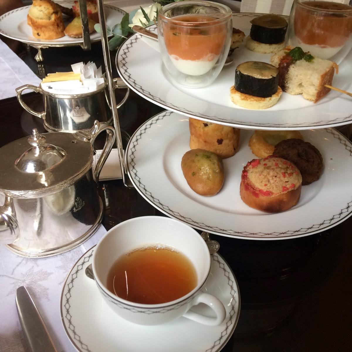 Flash Actu : L'heure du thé au Peninsula