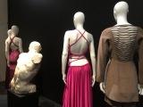 Derrière la mode, Back side / Dos à lamode