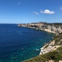 Cet été on reste en France ! (Magnifique île de beauté - chapitre 2)