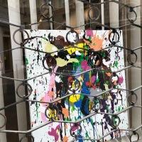 """""""A visage découvert"""", expo parisienne en lèche-vitrines"""