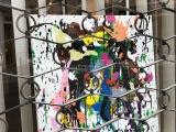 «A visage découvert», expo parisienne enlèche-vitrines